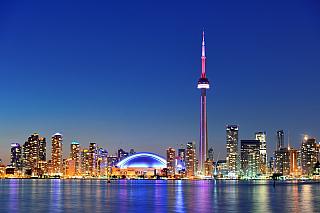 Toronto a Montreal, právě tyto dvě města považují milovníci cestování za ty nejzajímavější vcelé Kanadě. Podobně jako americké město Chicago leží na břehu Michigenského jezera, leží Toronto na břehu jezera Ontario. Díky tomu může cestovatelům poskytnout nádherný noční pohled na majestátné...