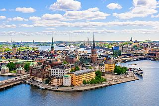 Pokud vás lákají Severské země, je jednou zideálních právě Švédsko. A kde začít jinde, než právě vhlavním městě tohoto státu, kterým je Stockholm. Ten nabízí poměrně bohatou historii, zajímavé památky a hlavně unikátní přístup kpřírodě, a tak je považován za jedno znejčistších měst vcelé...