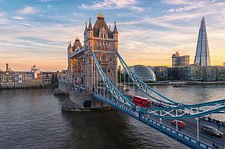 Pokud je Velká Británie cílem vašich cest, potom by byl doslova hřích nenavštívit její hlavní město, kterým je samozřejmě Londýn. Ten nabízí jak řadu turisticky zajímavých míst, tak i množství historických památek, a také celou řadu atrakcí. Vzhledem kmnožství je ideální dovolená vtéto...