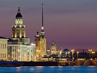 Petrohrad je ruským historickým skvostem (Rusko)