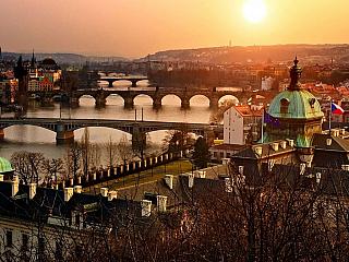 Malá tajemství (nejen) staré Prahy (Reklamní sdělení)