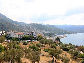 Kaş je malebné městečko na Tyrkysovém pobřeží (Turecko)