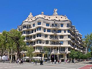 Casa Mila – La Pedrera v Barceloně (Španělsko)