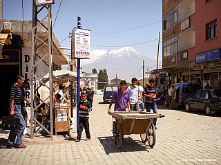 Dogubeyazit – na iránské hranici (Turecko)