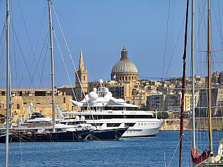 Výlet lodí okolo pobřeží Malty (Malta)