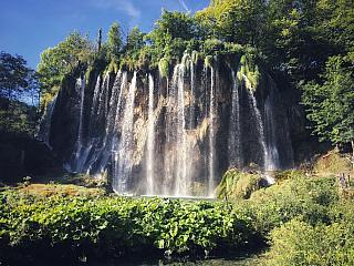 Plitvické jazerá: Nádherná príroda, vodopády a priezračné jazerá (Chorvatsko)