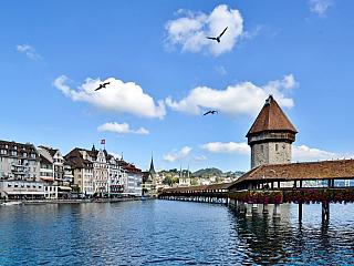 Lucern – město uprostřed Švýcarska (Švýcarsko)