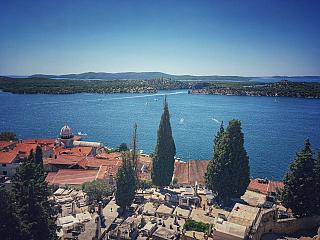 Chorvátske mesto Šibenik sa pýši pevnosťami (Chorvatsko)