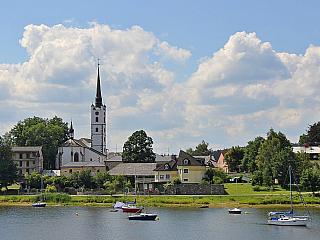 Frymburk na Lipenské přehradě (Česká republika)