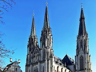 Monumentální katedrála svatého Václava v Olomouci (Česká republika)
