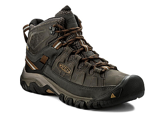 Jak vybrat trekovou obuv (Reklamní sdělení)