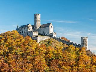 Gotický hrad Bezděz je s námi už více než dlouhých sedm století (Česká republika)