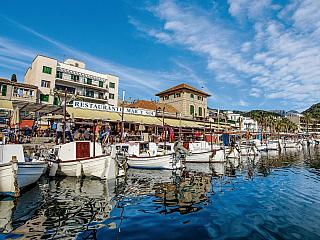 Sollér je jedno z nejmalebnějších měst na Mallorce (Španělsko)
