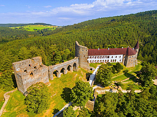 Na hradě Velhartice na vás dýchne gotika i renesance (Česká republika)