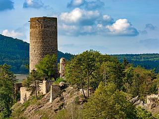 Gotický Žebrák zažil husitské obléhání (Česká republika)