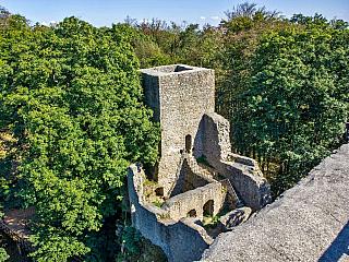 Zřícenina hradu Choustník nedaleko Tábora (Česká republika)