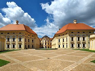Zámek Slavkov, barokní nádhera nedaleko Brna (Česká republika)
