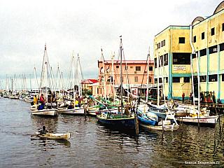 Belize City - prťavé velkoměsto (Belize)
