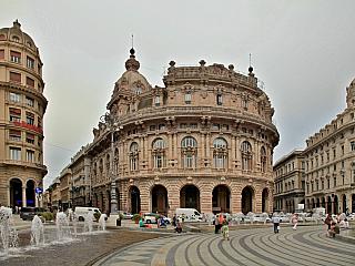 Italské městské státy zažily mnoho slavných chvilek, nejen Benátky, Milán, ale i Florencie, Siena nebo Janov si zaslouží své místo na výsluní. A kdo by neznal poslední jmenovanou oblast, která svého času dokonce i soupeřila o nadvládu nad středomořskými vodami? Genova, jak říkají místní, je...