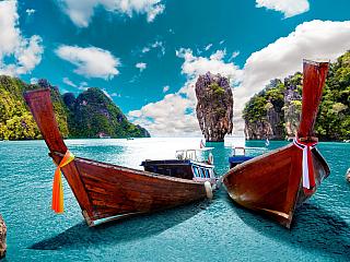 """Cestovní ruch je stěžejní ekonomický sektor pro zemi jihovýchodní Asie jako je Thajské království. Podle webu statista.com, """"za rok 2016 příjmy z turismu činily kolem 2,5 triliónů THB (kurz cca 1 THB = 0,65 CZK). Naopak mezinárodní obchod dosahoval """"pouhých"""" 1,6 trilionu THB a doma Thajci..."""