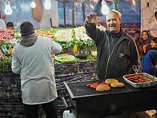 Fotogalerie z tržiště Jemaa el-Fna v Marrákeši (Maroko)