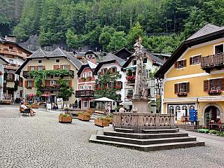 Malebná rakouská krajina přímo vybízí k tomu, abychom v této nedaleké zemi takřka za humny strávili příjemnou a zajímavou dovolenou. Rakousko charakterizují především impozantní štíty Alp a vesničky jako zpohádky, rozeseté po jejich stráních. Ale pokud neholdujete turistickým radovánkám a...