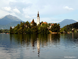 Bled - jezero, ostrov a hrad (Slovinsko)