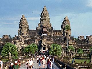 Angkor Wat (Kambodža)