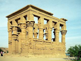 Philae - ostrovní chrám bohyně Eset (Egypt)