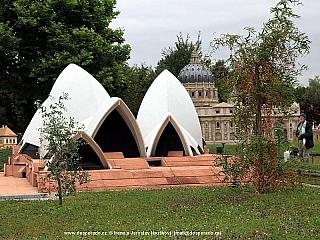 Fotogalerie zmenšeného světa v parku Minimundus v Klagenfurtu (Rakousko)
