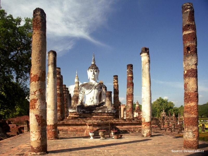 Sukhothay – svět kamenných Buddhů