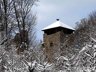 Fotogalerie zřícenina hradu Lukov u Zlína (Česká republika)
